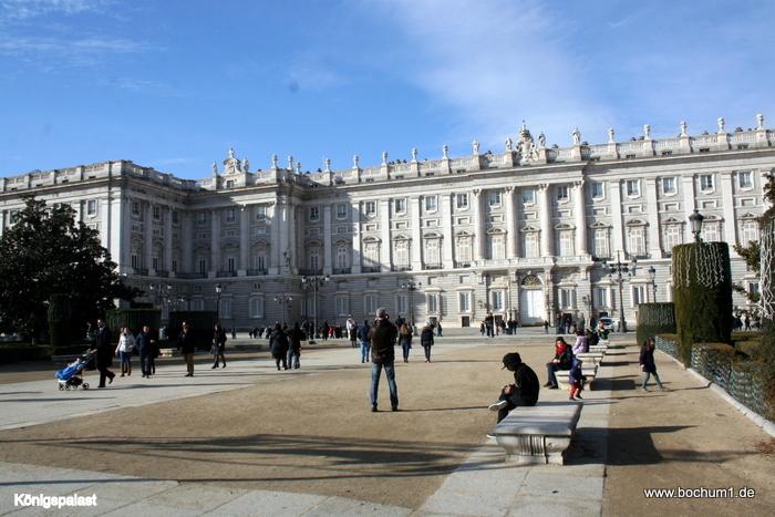 Madrid k nigspalast kathedrale bernab u tour puerta nova 2 for Puerta 8 bernabeu